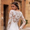 Pronovias Aubrite, wedding dress, fitted wedding dress, crepe wedding dress, fitted wedding dress