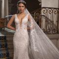 Pronovias Garbo, pronovias wedding dress, fitted wedding dress, lace wedding dress