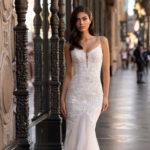 Pronovias Lockhart, wedding dress, fitted lace wedding dress