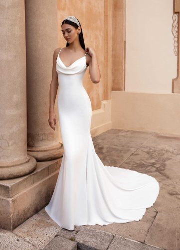 Pronovias Antiope wedding dress - Available at Rachel Ash Bridal boutique in Atherstone, Warwickshire