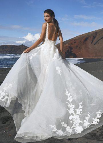 Pronovias Bohol wedding dress - Available at Rachel Ash Bridal boutique in Atherstone, Warwickshire