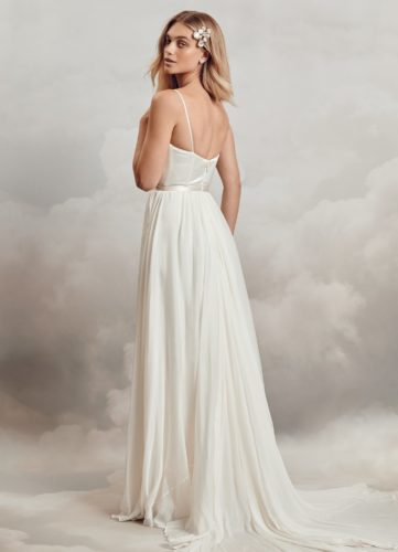 Catherine Deane Kameron, a-line wedding dress, plain wedding dress, relaxed wedding dress, simple wedding dress, satin wedding dress, silk wedding dress, beach wedding dress