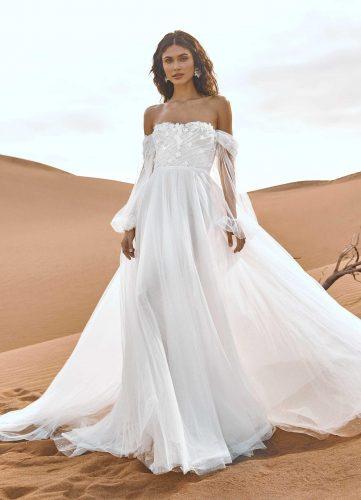 Pronovias Danxia wedding dress - Available at Rachel Ash Bridal boutique in Atherstone, Warwickshire