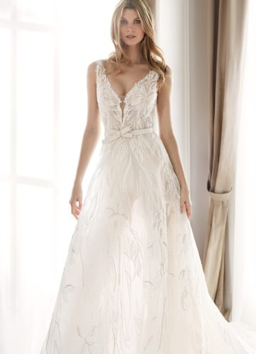 Nicole Milano NIA20401, wedding dress, a-line wedding dress, lace wedding dress, nicole milano wedding dress, aline wedding dress, modern wedding dress