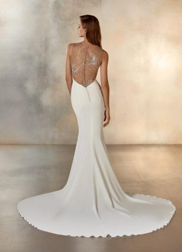 Pronovias Galaxy, wedding dress, crepe wedding dress, fitted wedding dress, bateau wedding dress