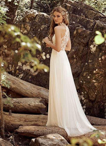 Catherine Deane Tiana wedding dress - Available at Rachel Ash Bridal boutique in Atherstone, Warwickshire.