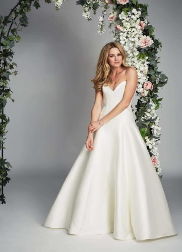 Caroline Castigliano Tranquility, wedding dress, discount wedding dress, mikado wedding dress, sample sale, sale wedding dress, cheap wedding dress