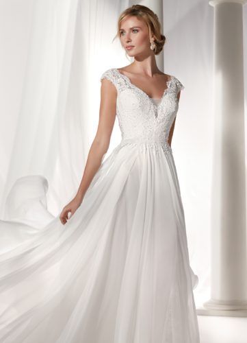 Nicole Spose NIAB19012, wedding dress, a-line wedding dress, flowy wedding dress, lace wedding dress, discount wedding dress, sample sale, wedding dress sale, sale wedding dress, cheap designer wedding dress