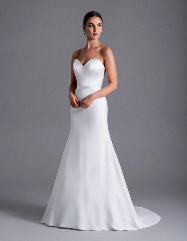 Caroline Castigliano Ella, wedding dress, fitted wedding dress, crepe wedding dress, luxury british wedding dress, wedding dresses, wedding gowns, luxury wedding dress