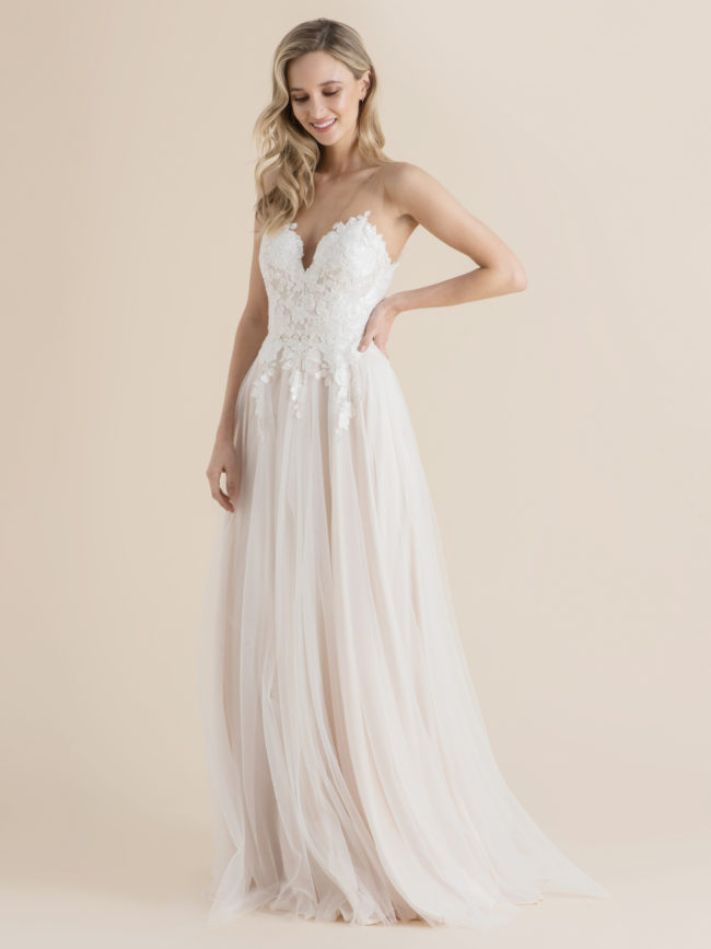 Catherine Deane Lyric, wedding dress