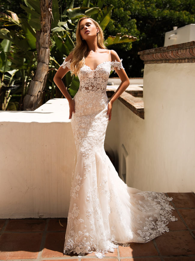 Moonlight J6710, lace fitted wedding dress, fitted wedding dress, sexy wedding dress, moonlight bridal wedding dress