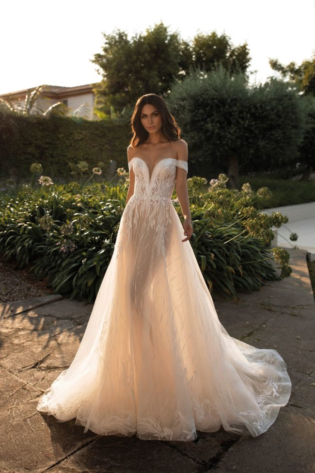 Pronovias Cloe, wedding dress, a-line wedding dress, bardot wedding dress